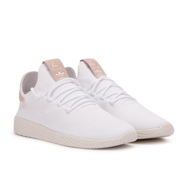 ec4f1cf13 Adidas x Pharrell Williams Tennis Hu Shoe